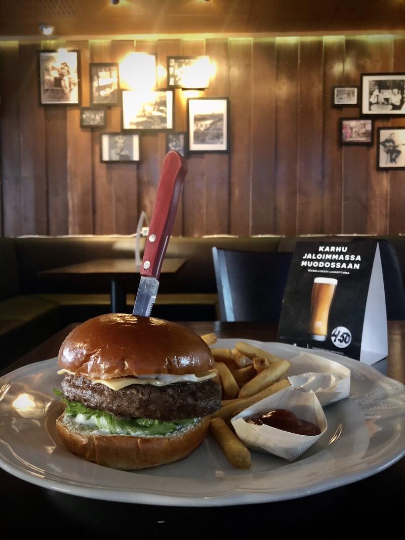 hamburger-pub-helsinki